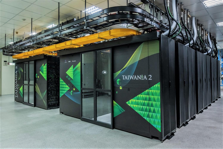 """Die Partner QCT und NCHC erreichen mit ihrer AI- und HPC-Lösung Top- Platzierungen in den Supercomputing """"TOP500"""" & """"Green500"""" Rankings"""